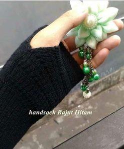 Handsock Jempol Rajut Naureen Hitam