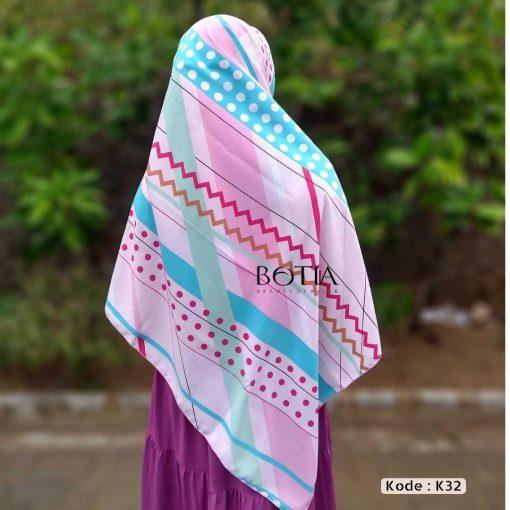 Jilbab Botia Segiempat Motif K32 Pink